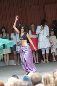 Magdansuppvisning juni 2007